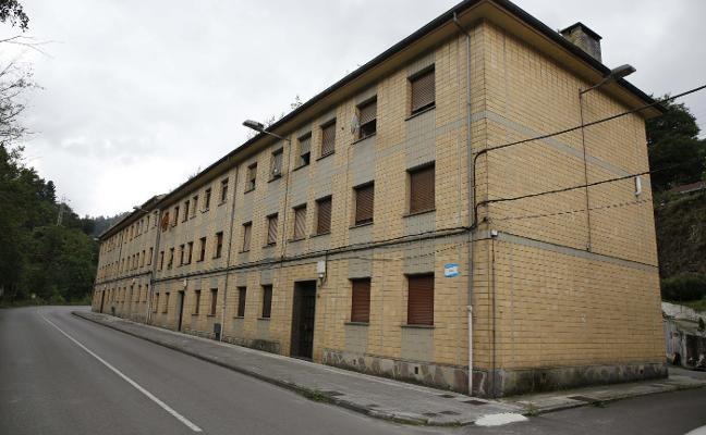 El Principado arreglará 16 pisos sociales vacíos en Ciaño por 443.000 euros