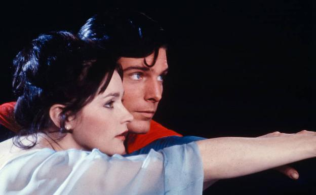 Margot Kidder y Christopher Reeve, en una escena de la película 'Superman'. /AP