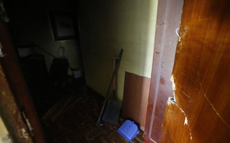 Incendia su vivienda en Oviedo después de una discusión con su pareja