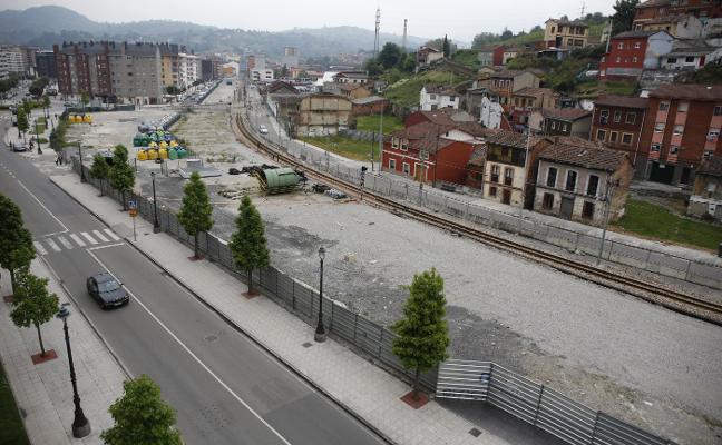 La Plataforma por el soterramiento se queja de los nuevos retrasos en la obra