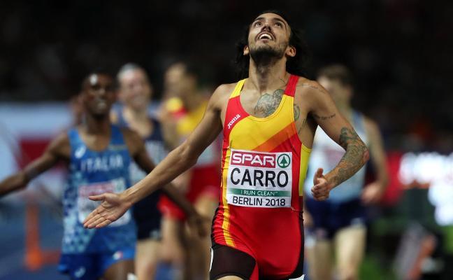 Fernando Carro se sube al podio y Hortelano se queda a las puertas