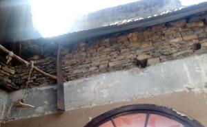 Cede parte del techo del Ateneo Obrero de Villaviciosa