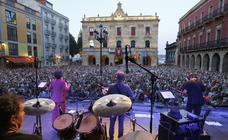Gijón se rinde a los clásicos de Sabina