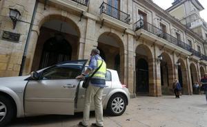 Una de las empresas del 'caso Enredadera' puja por el contrato de cambio de farolas de Oviedo