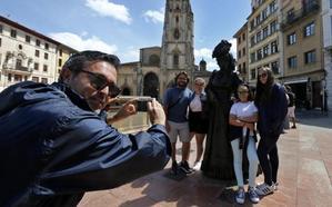 Los hoteleros lamentan la bajada de los precios ante el descenso de turistas