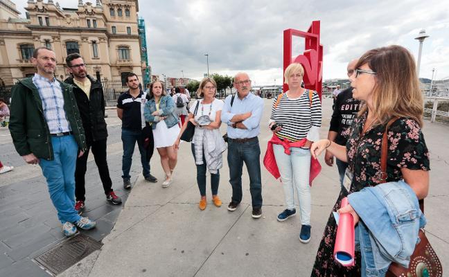 «Poder estar en la casa de Jovellanos es un lujo», destacan los turistas