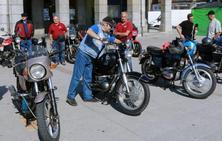 Las motos clásicas toman Laviana