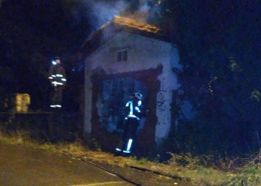 Se incendia una vivienda abandonada en La Maruca