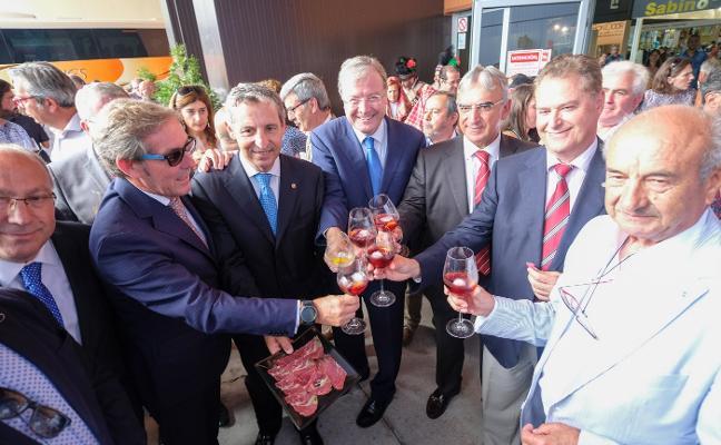 «En el Corredor Atlántico reside el futuro de León y Asturias»