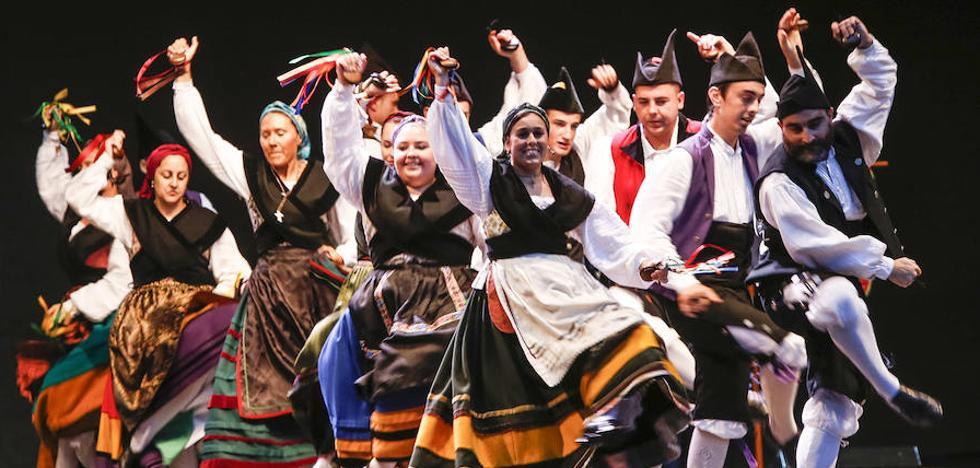Llega el Festival Folcórico Internacional a Ribadesella
