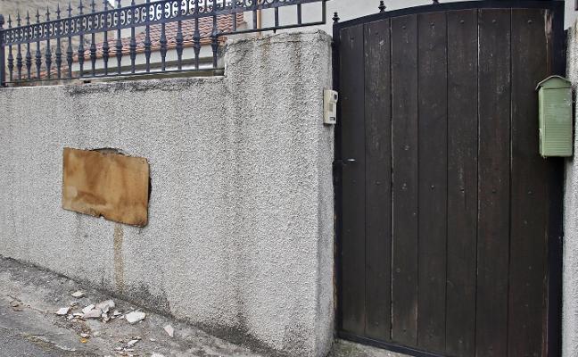 Aumentan los robos de tapas de registro de saneamiento en Porceyo y Tremañes