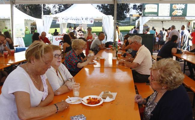 El Festival de la Cerveza se despide hoy tras seis días de éxito en La Exposición
