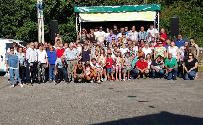 Los Carxudos celebran sus 32 años en Espinaréu