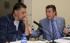 Muere a los 52 años Javier Ardines, concejal de Izquierda Unida en Llanes