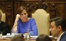 Carmen Moriyón: «Nadie, ni de mi partido ni de ningún otro órgano, me da instrucciones a mí o a este equipo de gobierno»