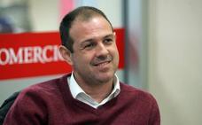 Luis Enrique completa su cuerpo de trabajo con el asturiano Juanjo González