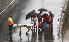 Herida al caer en la escalera 2 de la playa de San Lorenzo