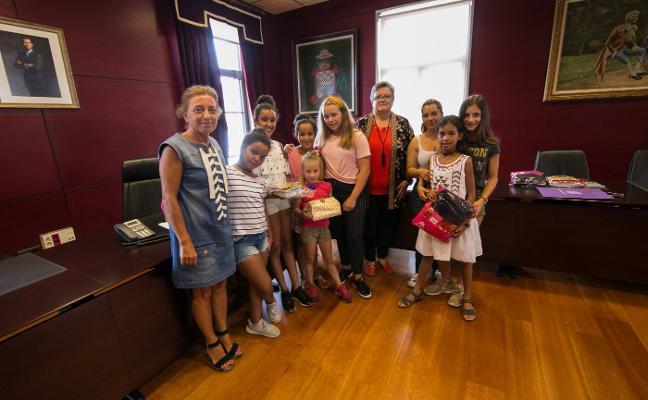 Recepción a las niñas saharahuis de Noreña