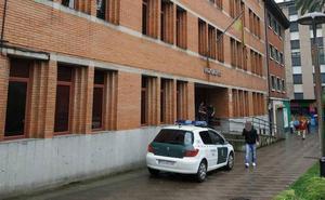 Una vecina de Turón de 21 años denuncia por violación a un amigo de su padre