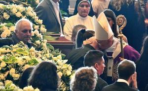 Italia pide justicia en el funeral de las víctimas de Génova