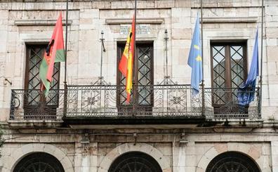 El equipo de gobierno de Llanes decreta dos días de luto oficial por la muerte de Javier Ardines