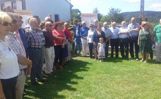 Emocionado homenaje a los emigrantes en Poreñu