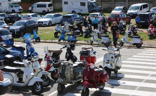 Las motos Scooter se reivindican en Salinas