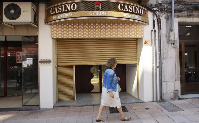 La sala del Casino de Asturias en Oviedo echa el cierre