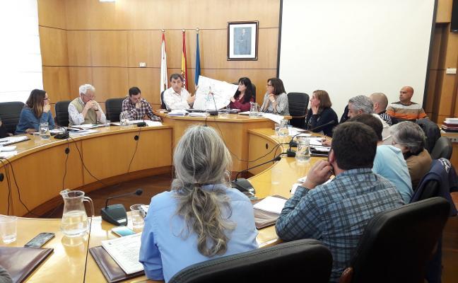 El PSOE de Carreño defiende a su edil tras la denuncia por «engordar» una factura