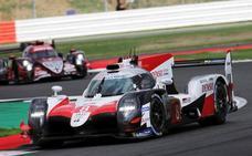 Toyota se disculpa con sus pilotos por haberles hecho perder en Silverstone