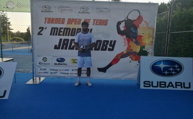 Roberto Menéndez se lleva el Open de Vigo