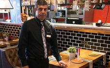 «Hay costumbre de comer en franquicias en Asturias»