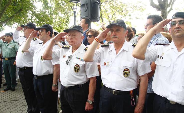 Avilés rinde honores a Pedro Menéndez