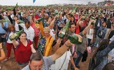 Gijón bate el récord de escanciado con 9.580 personas
