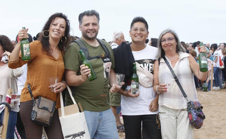 ¿Estuviste en el récord de escanciado de Gijón? ¡Búscate! (3)