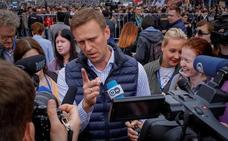Detienen al opositor ruso Alexéi Navalni delante de su domicilio
