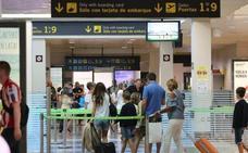 La plantilla de seguridad del aeropuerto amenaza con ir a huelga en septiembre