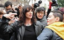 Rose McGowan pide a Asia Argento hacer «lo correcto» como acusada de abuso