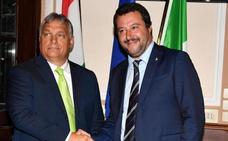 Salvini y Orban pactan un frente común contra la inmigración