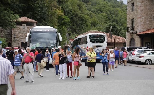 Covadonga espera superar el millón y medio de visitantes en un «año récord»