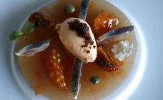 Tomates en texturas y sardina curada