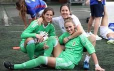 La entrenadora de porteras del Real Oviedo, primera asturiana en profesionalizarse