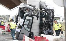 Asturias, de luto por el grave accidente de autobús que deja cinco muertos y quince heridos