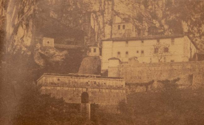 El cangués que retrató la Covadonga olvidada