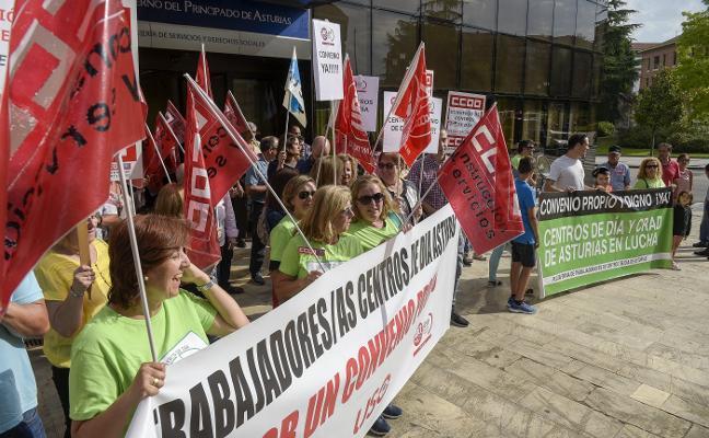 Trabajadores de los centros de día piden al Principado que presione a las empresas