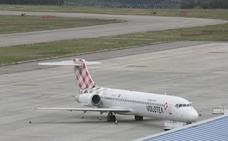 Un vuelo a Venecia deja a mitad del pasaje sin maletas en Verona y otro a Portugal sale con dos horas de retraso