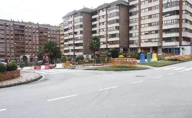 Primeros trabajos de la reurbanización de dos calles en El Carbayedo