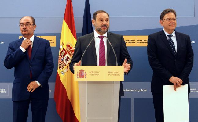 Ábalos asegura que su ministerio asumirá las obras del plan de vías «comprometidas»