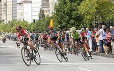 Las imágenes de La Vuelta en su entrada a Asturias