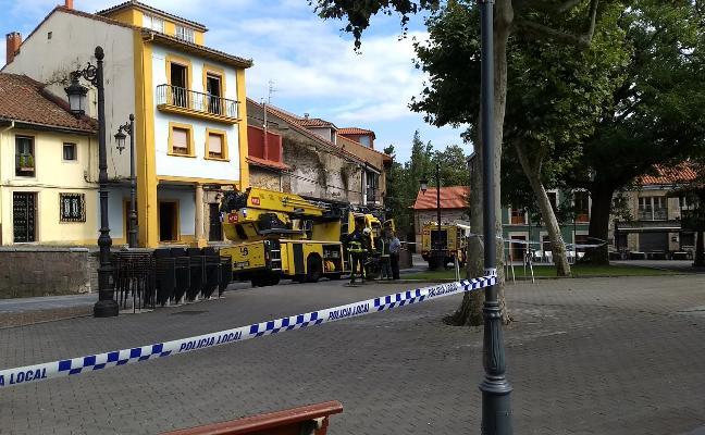Una sartén provoca un incendio en El Carbayedo